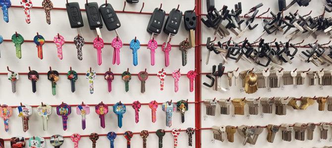 Keys cut while you wait